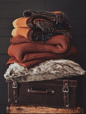 Comfortable Decorating Ideas For Winter33
