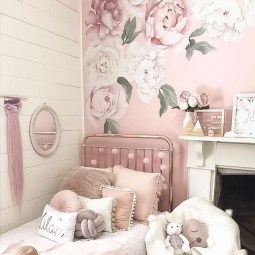 Fabulous Rose Wall Painting Design Ideas For You To Try In Home01