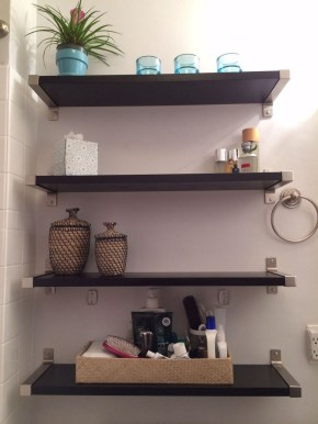 Interesting Floating Wall Shelves For Your Bathroom Style Ideas08