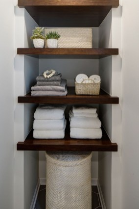 Interesting Floating Wall Shelves For Your Bathroom Style Ideas17