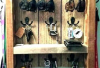 Wall Key Holders For Your Homes Entryway12