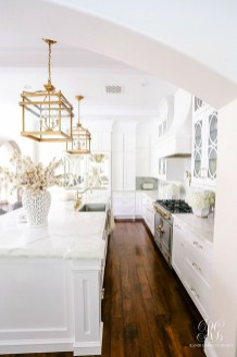 Adorable White Kitchen Design Ideas05