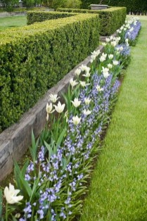 Beautiful Flower Beds Ideas For Home22