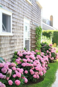 Beautiful Flower Beds Ideas For Home47