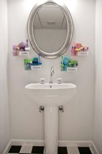 Brilliant Bathroom Decor Ideas On A Budget11