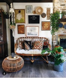 Charming Boho Living Room Decorating Ideas With Gypsy Style02