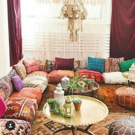 Charming Boho Living Room Decorating Ideas With Gypsy Style05