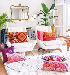 Charming Boho Living Room Decorating Ideas With Gypsy Style09