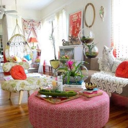 Charming Boho Living Room Decorating Ideas With Gypsy Style13