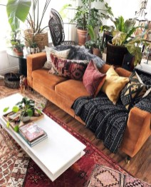 Charming Boho Living Room Decorating Ideas With Gypsy Style30