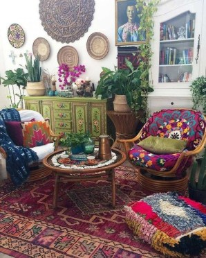 Charming Boho Living Room Decorating Ideas With Gypsy Style32