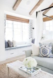 Elegant Coastal Themed Living Room Decorating Ideas12