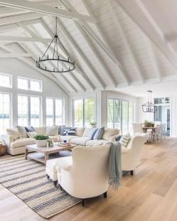 Elegant Coastal Themed Living Room Decorating Ideas31