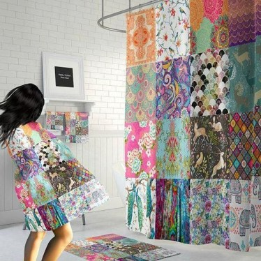 Fabulous Bathroom Design Ideas With Boho Curtains22