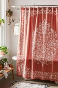Fabulous Bathroom Design Ideas With Boho Curtains33