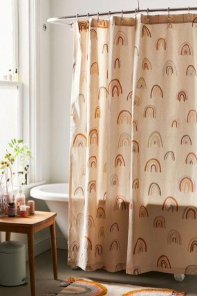Fabulous Bathroom Design Ideas With Boho Curtains34