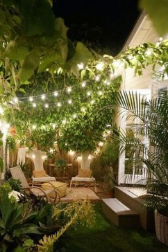 Impressive Backyard Lighting Ideas For Home07