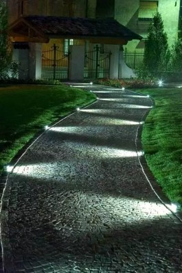 Impressive Backyard Lighting Ideas For Home15