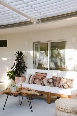 Inspiring Boho Outdoor Decorating Ideas For Backyard15
