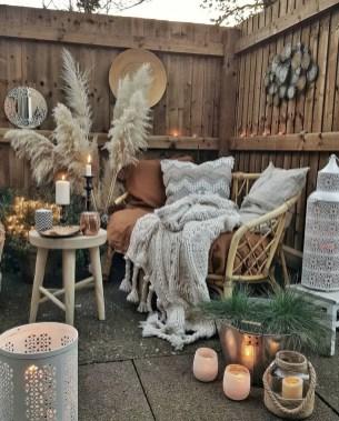 Inspiring Boho Outdoor Decorating Ideas For Backyard17