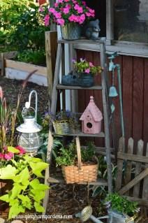 Unique Garden Decorating Ideas13