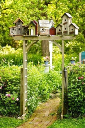 Unique Garden Decorating Ideas16