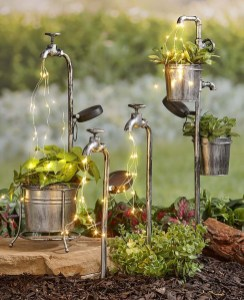 Unique Garden Decorating Ideas21