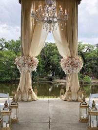 Unordinary Wedding Backdrop Decoration Ideas32
