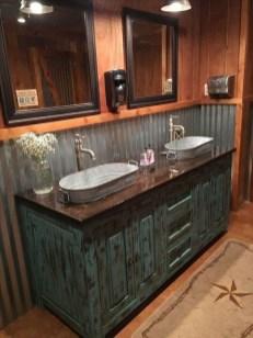 Vintage Farmhouse Bathroom Decor Design Ideas04