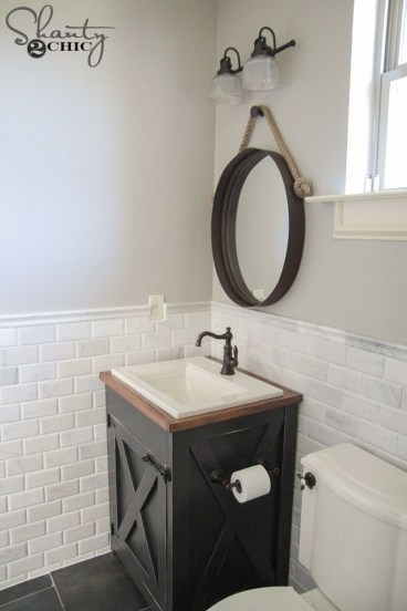 Vintage Farmhouse Bathroom Decor Design Ideas38