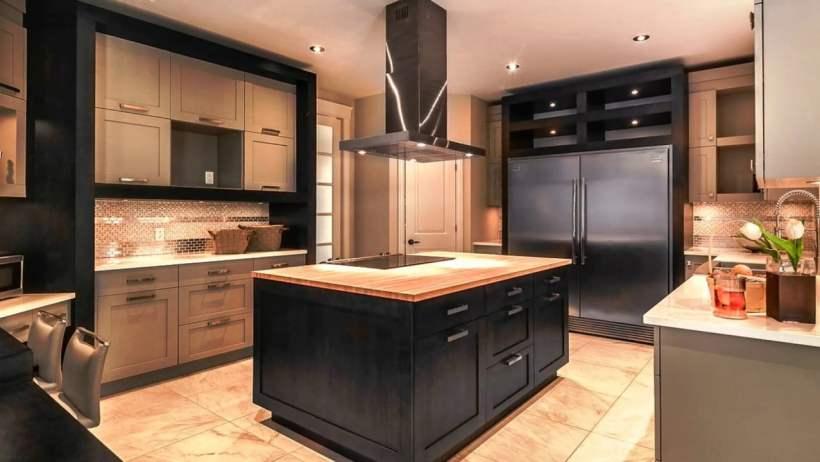 Elegant Beige and Black Kitchen