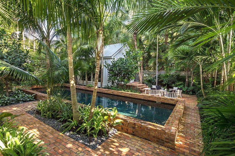 Tropical Landscape for Swimming Pool Area