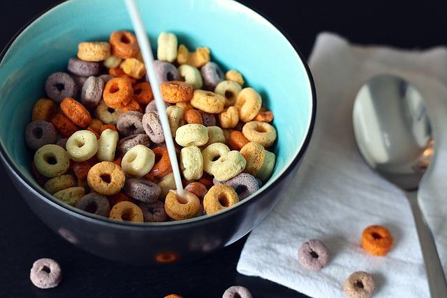 彩色早餐穀物