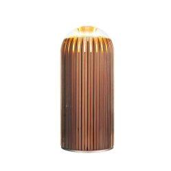 2. Fin lampe de table.