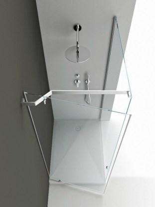 Tape Shower, Boffi, H 210 cm et largeur adaptable, prix sur demande.