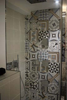 Salle de bains de la chambre duplex Saint-Anne Hôtel Square Louvois