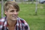 Chemise tommy hilfiger homme : la sucess story d'un visionnaire