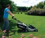 Tondeuse et gazon : comment obtenir une belle pelouse ?