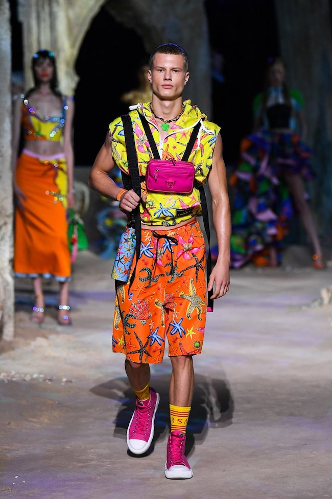 look homme Versace été 2021