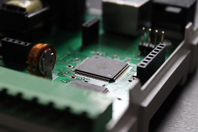 hommie - dedykowany hardware, projektowanie PCB, projektowanie układów elektronicznych