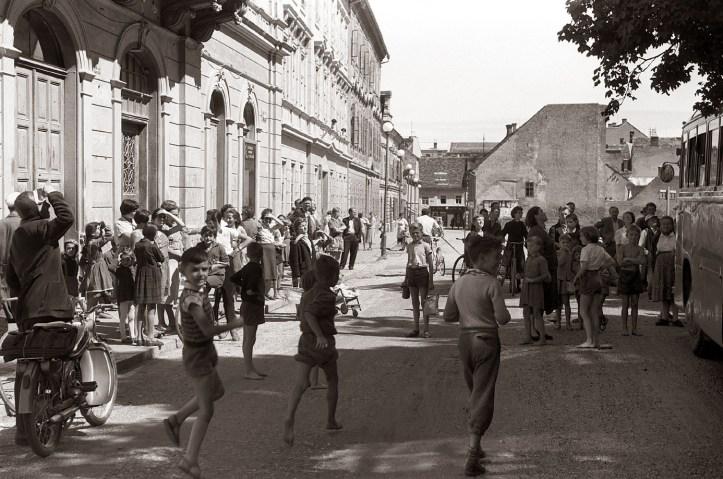Slomškovem_trgu_1958