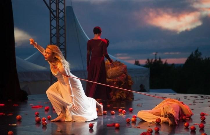 ballet-at-sunset-2450506_960_720