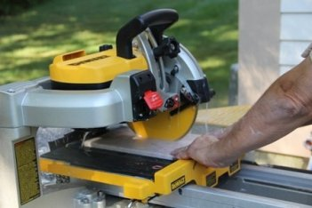 Best Tile Saw – Professional Cutting Solution in 2018