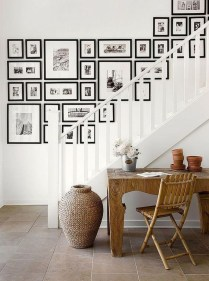Awesome Gallery Wall Design Ideas 05