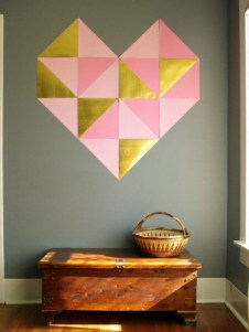 Beautiful Valentine Wall Decor And Color Ideas 24