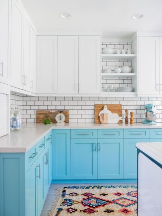 Inspiring Blue And White Kitchen Color Ideas 07