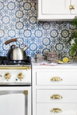 Inspiring Blue And White Kitchen Color Ideas 14