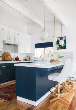 Inspiring Blue And White Kitchen Color Ideas 24