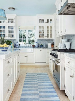 Inspiring Blue And White Kitchen Color Ideas 40