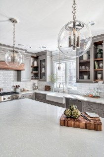 Stunning White Kitchen Design Ideas 08